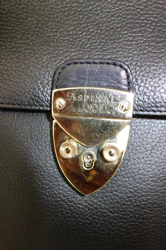 Aspinal of London Handbag at Michelo Haak Lifestyle image no DSC00329