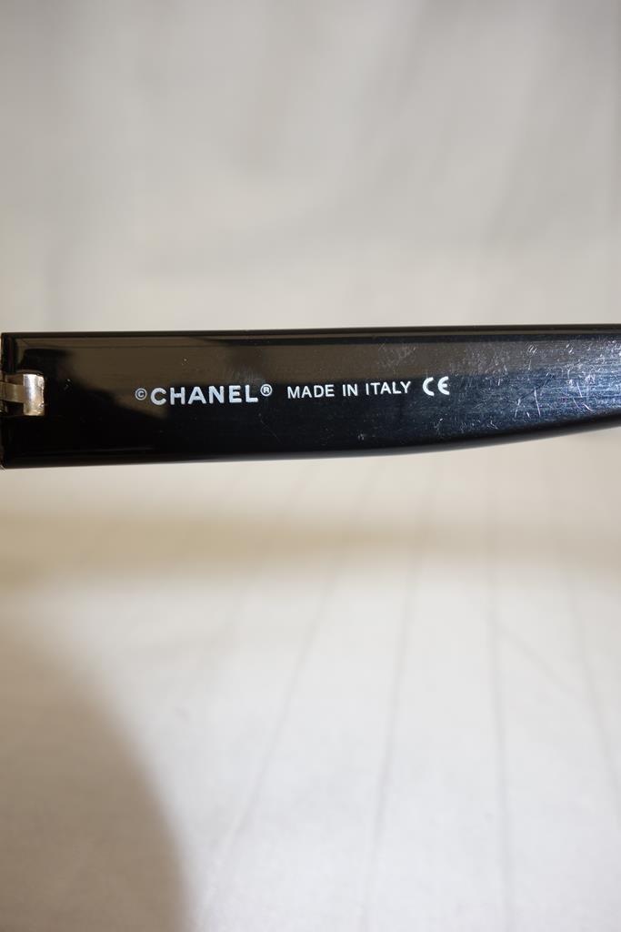 Chanel Sunglasses at Michelo Haak Lifestyle DSC01023 1