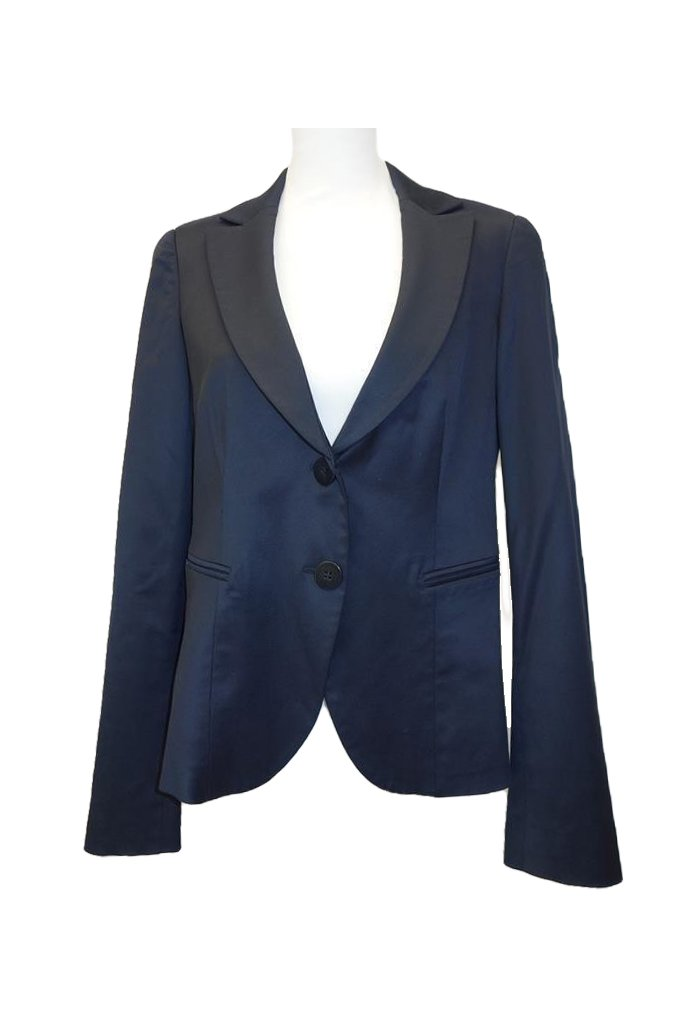 Emporio-Armani-Jacket-at-Michelo-Haak-featured Image