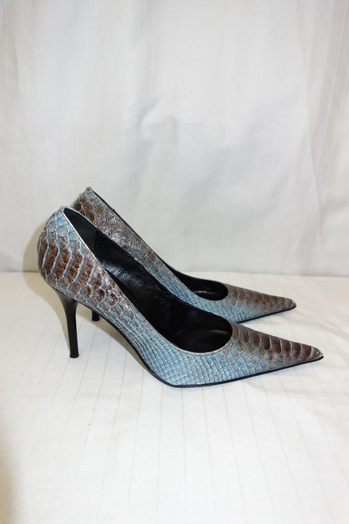 Gallorini shoes at Michelo Haak Lifestyle DSC00570