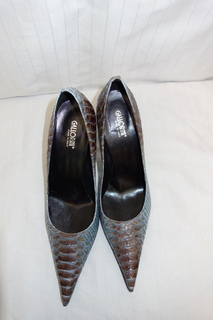 Gallorini shoes at Michelo Haak Lifestyle DSC00573