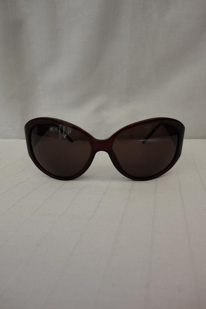 Givenchy Sunglasses at Michelo Haak Lifestyle DSC01042
