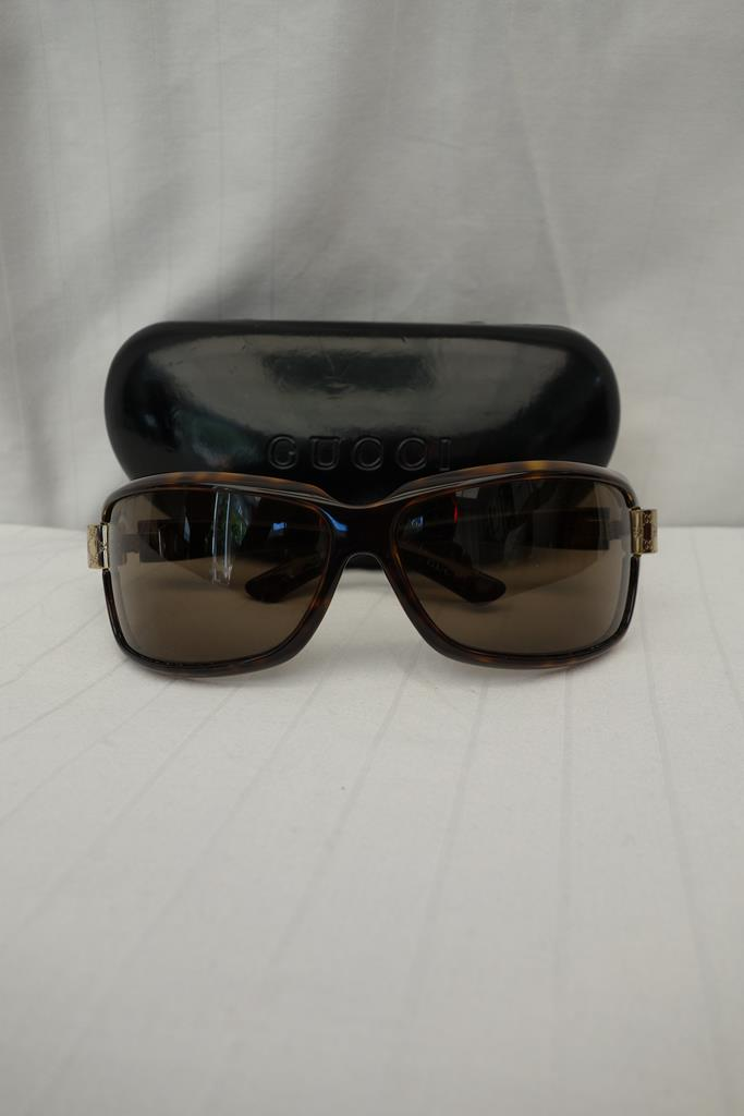 Gucci Sunglasses at Michelo Haak Lifestyle DSC01017