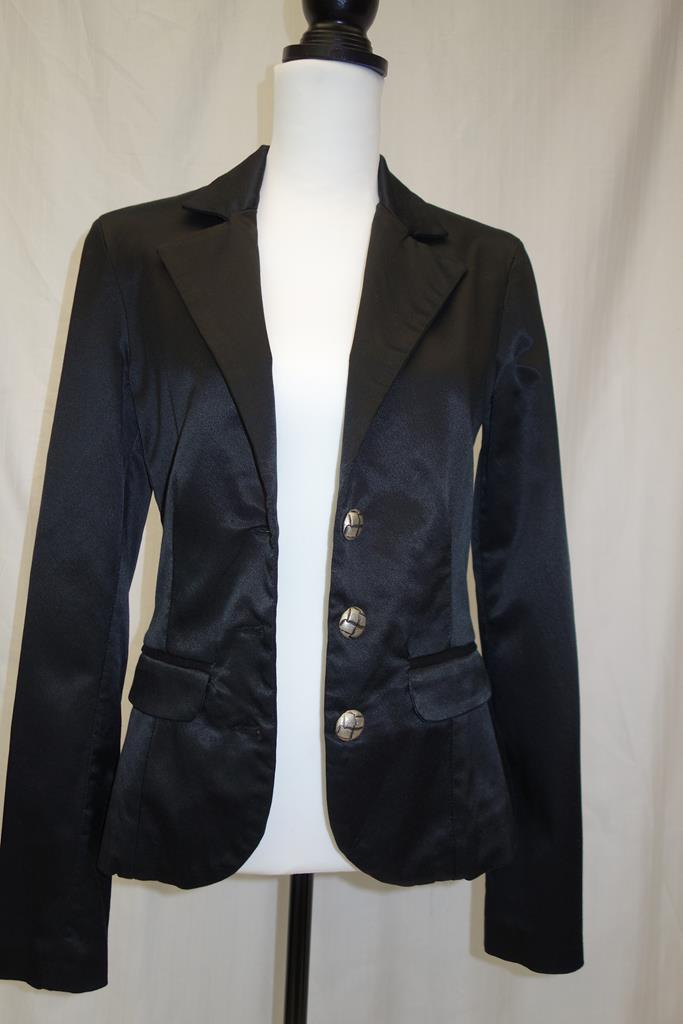 Guess Jacket at Michelo Haak Lifestyle