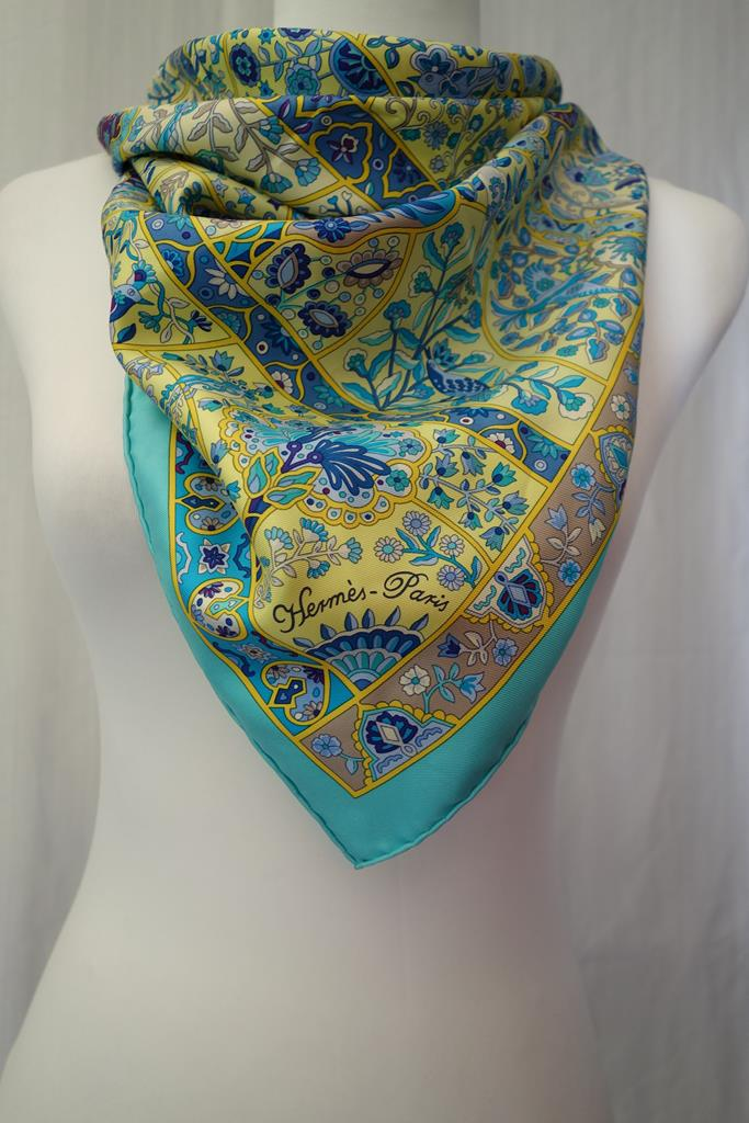 Hermes Scarf at Michelo Haak Lifestyle DSC01423