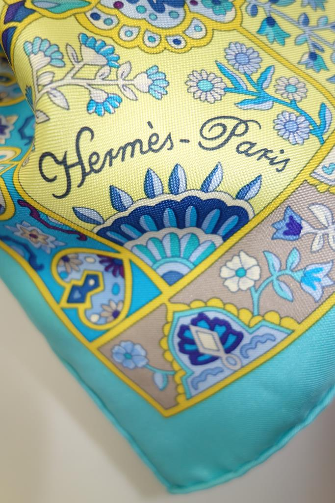 Hermes Scarf at Michelo Haak Lifestyle DSC01425