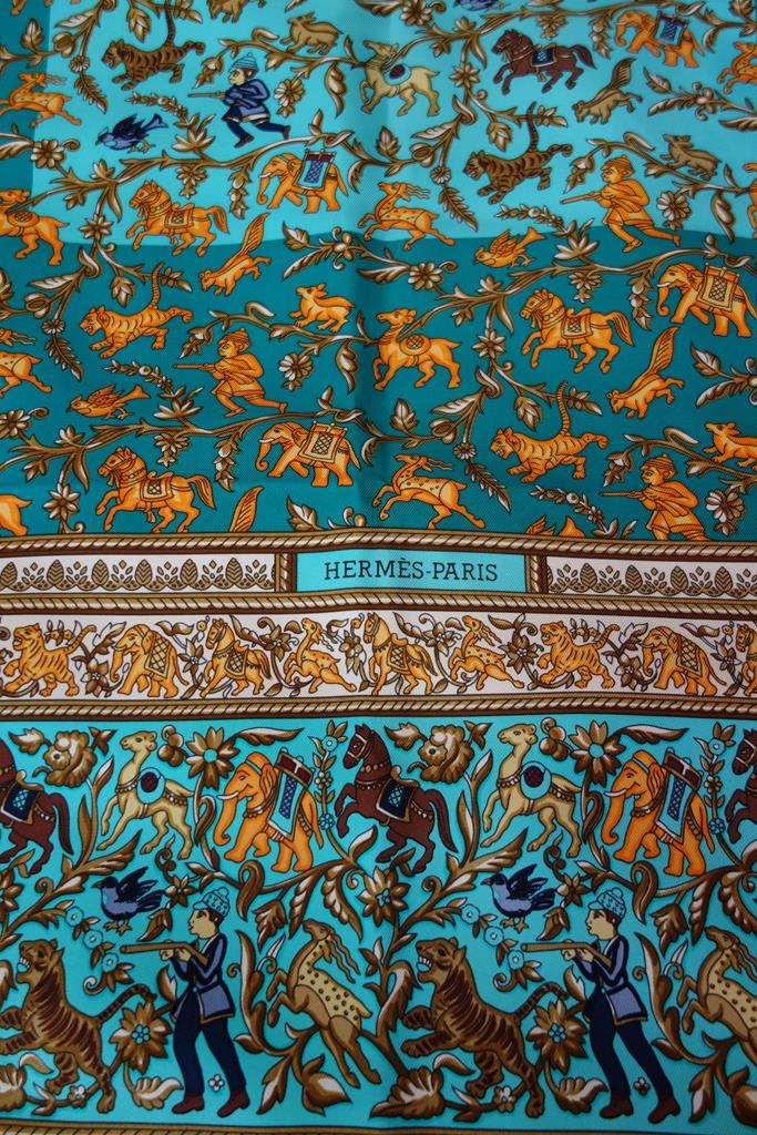 Hermes Scarf at Michelo Haak Lifestyle DSC01464