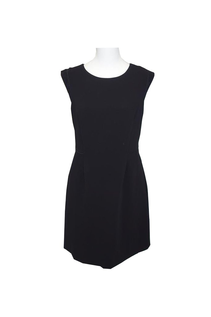 Hugo-Boss-Dress-at-at-Michelo-Haak Featured Image