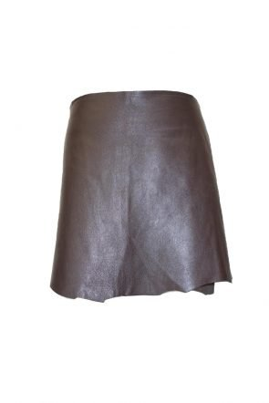 Luis-Antonio-leather-skirt-at-Michelo-Haak-Lifestyle-featured image