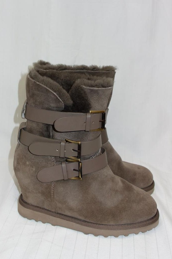 Ash boots at Michelo