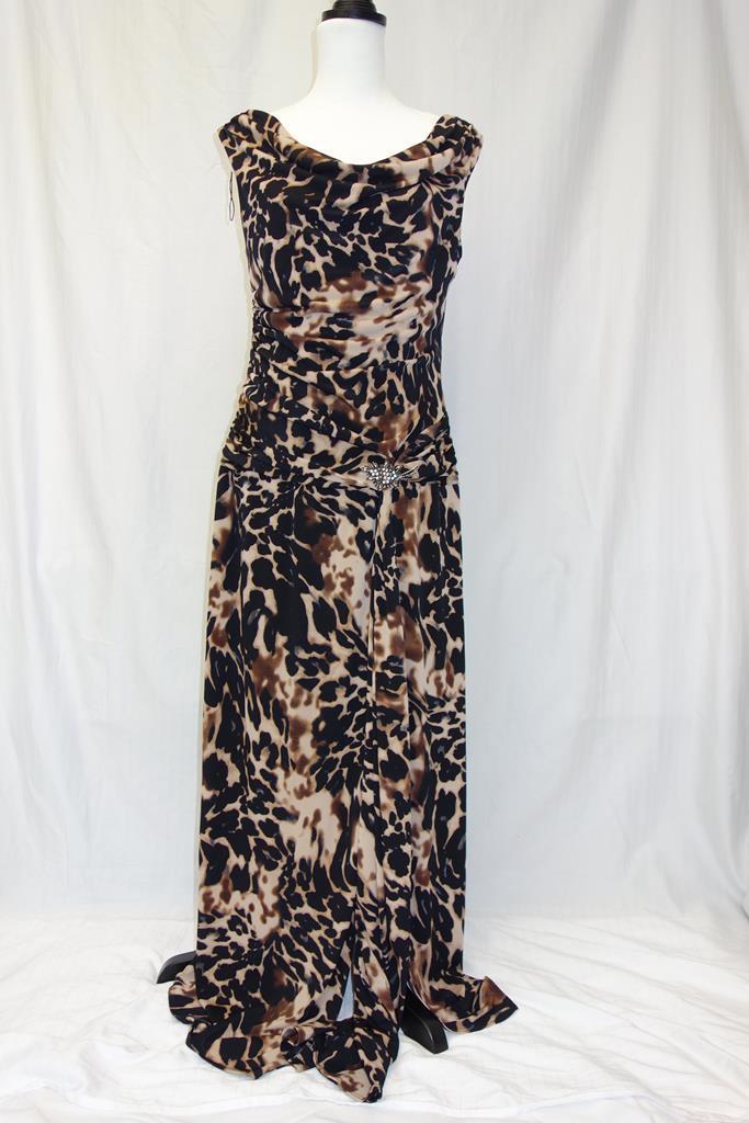 Tiana B Dress at Michelo Haak Lifestyle