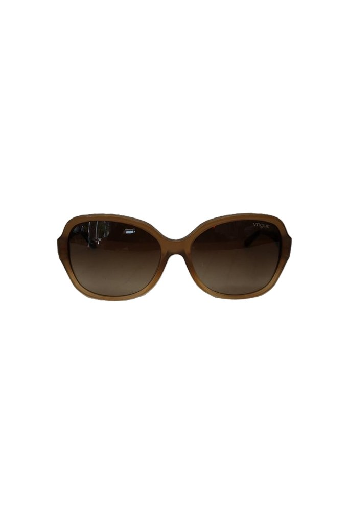 Vogue-Sunglasses-at-Michelo-Haak-Lifestyle-DSC01055