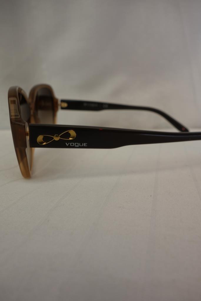 Vogue Sunglasses at Michelo Haak Lifestyle DSC01058