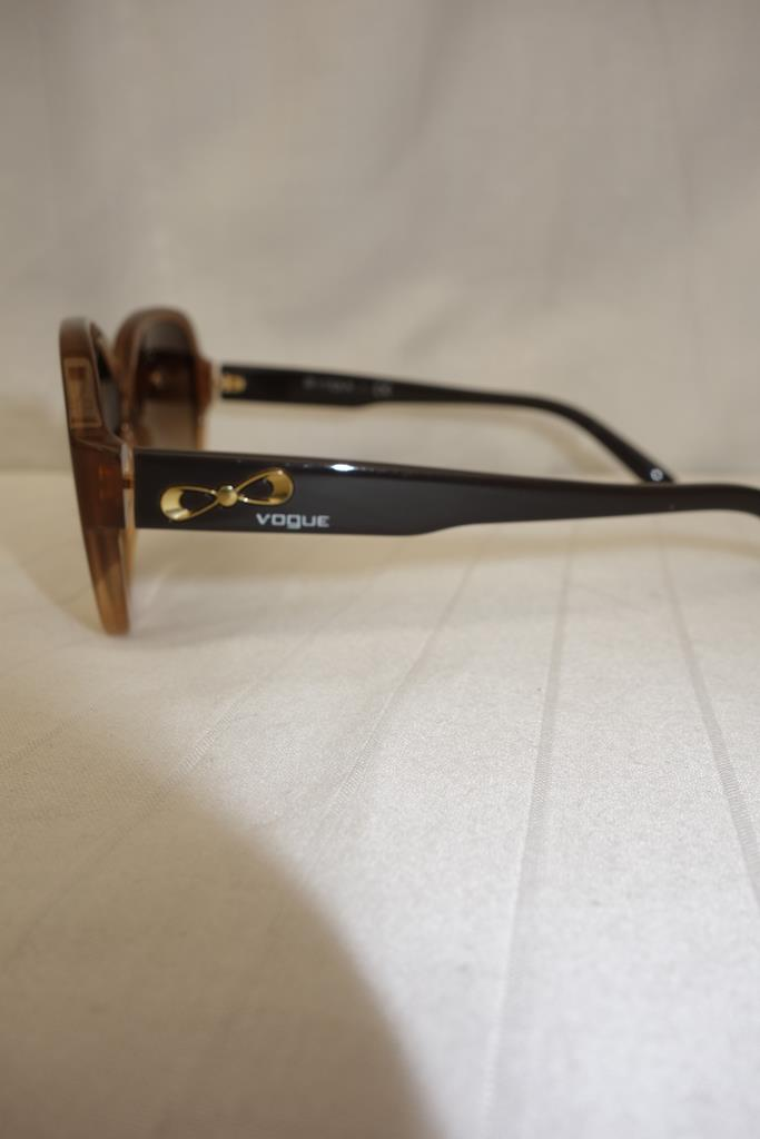 Vogue Sunglasses at Michelo Haak Lifestyle DSC01059