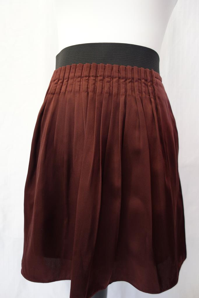 Banana Republic Skirt at Michelo Haak Lifestyle DSC01408