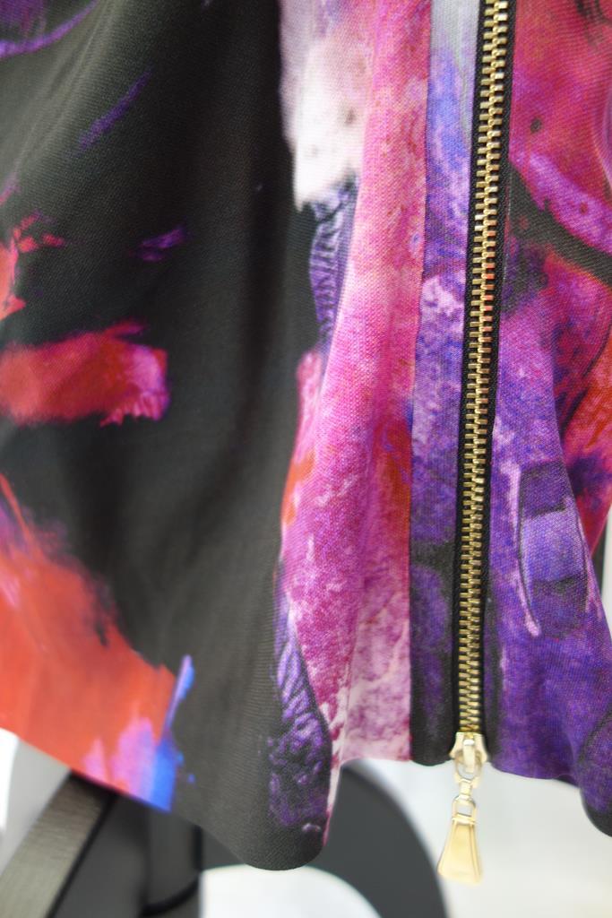 Escada Skirt at Michelo Haak Lifestyle DSC01373