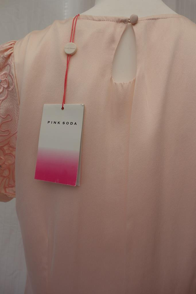 Pink Soda top at Michelo Haak Lifestyle DSC01260