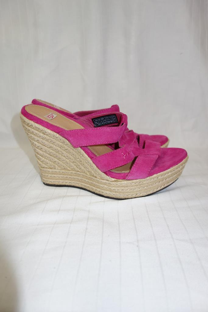 UGG Wedges at Michelo Haak Lifestyle DSC01566