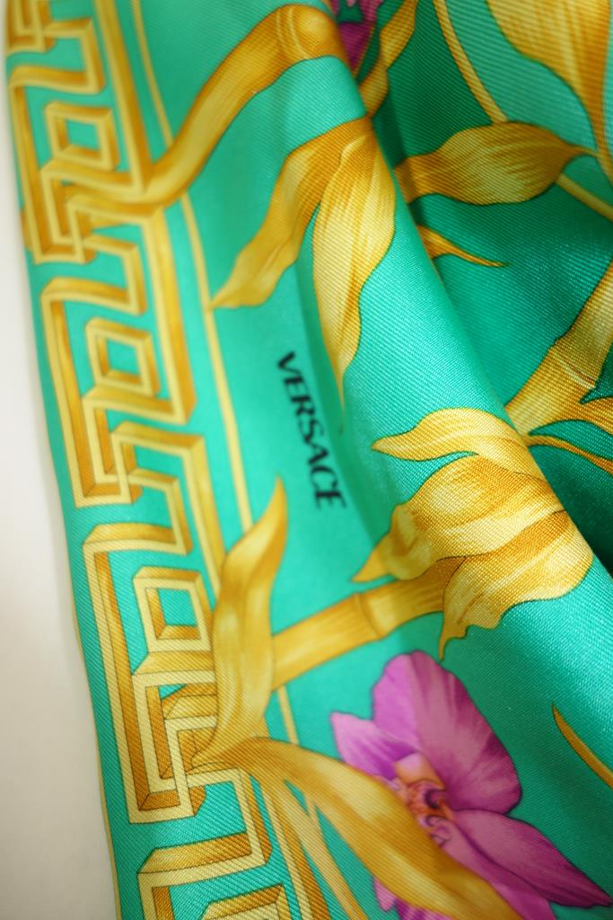 Versace Scarf at Michelo Haak Lifestyle DSC01451