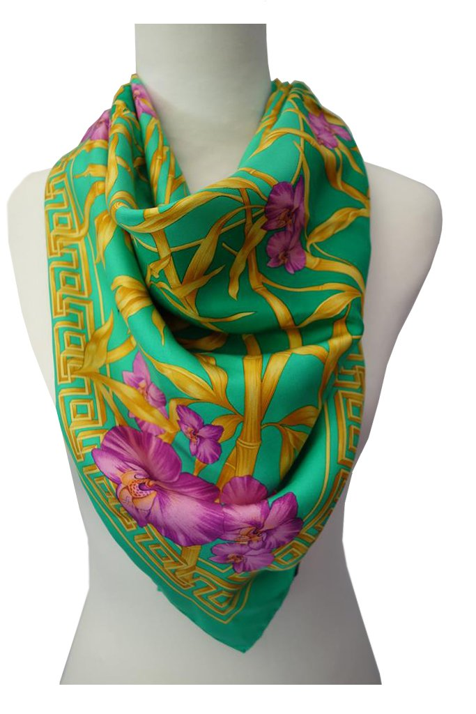 Versace-Scarf-at-Michelo-Haak-Lifestyle Featured Image